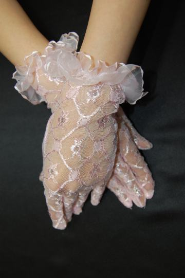 お水のドレスに似合うグローブ